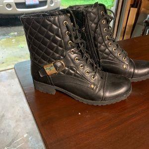 Girls Guess boots